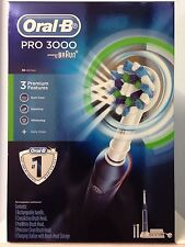 BRAUN ORAL B PRO 3000 ELECTRIC TOOTHBRUSH. LATEST MODEL IN 3000 RANGE