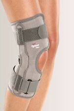 Tynor Functional Knee Support  Controlled compression Size  S / M / L / XL