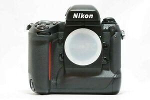 【N.MINT S/N 310XXXX】Nikon F5 35mm SLR Film Camera Body  From Japan  #1013