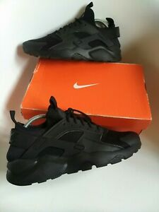 Nike huarache ultra mens trainers Size 8 authentic 100% triple black