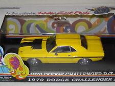Coches de carreras de automodelismo y aeromodelismo color principal amarillo escala 1:43