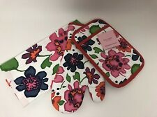New listing Kate Spade New York Festive Floral Kitchen Set Oven Mitt/Potholder/Towel - New