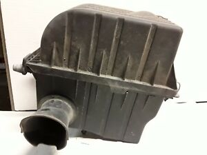 03 04 05 Lincoln Aviator 4.6 L air cleaner box OEM
