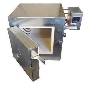 Programmable 1100 C (2012 F) Electric Kiln