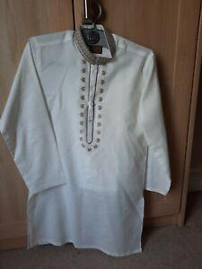 Boys Shalwar Kameez Size 22 off white
