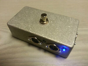 MIDISWIT5 Heavy duty 2 way MIDI foot switcher, MIDI I/O (No LEDs this version)