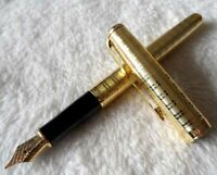 Excellent Gold Parker Pen Sonnet Series 0.5mm Medium (M) Nib Fountain Pen