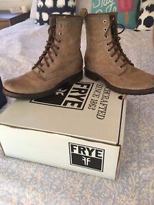 frye combat boots 8
