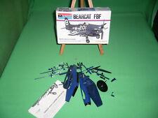 Maquette MONOGRAM BEARCAT F8F 1/72 pour pièces ou a compléter