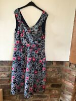 Dickens & Jones Lovely Ladies Multi Colored Dress Size 14 In Excellent Condition