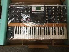 Moog Minimoog Voyager PERFORMER EDITION Analog Synth V3, New //ARMENS//