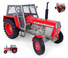 Zetor Crystal 12011 2WD Red Vintage Tractor 1:32 Model 4984 UNIVERSAL HOBBIES