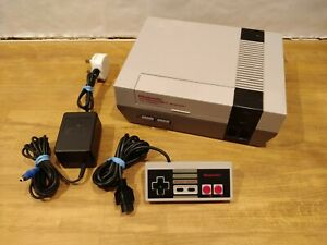 Nintendo Entertainment System NES Console with 1 Controller - Tested and Working