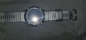 garmin fenix 6x pro , barely used, no scratches, comes with charger