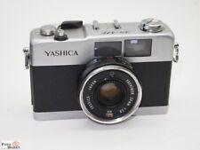 Yashica Camera 35-ME Lens Yashinon 2,8/38 Compact Camera Streetfotografie