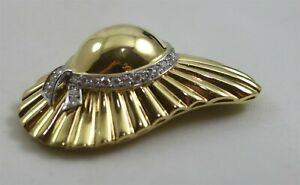Vintage 18K Yellow Gold Hat w/Diamond Accent Scarf/Coat Pin