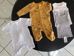 Baby Boys Size 0000 Winnie The Pooh Pumpkin Patch + Singlets