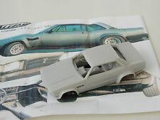 ALEZAN MODELS . 1/43 . DE TOMASO LONGCHAMP GTS V8 1984 .
