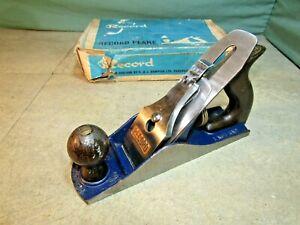 Record No 04 plane and original box. Woodworking tools.