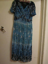 Long Blue Green & White Floral Crinkle M&S Per Una Dress Size 12 - Mislabelled