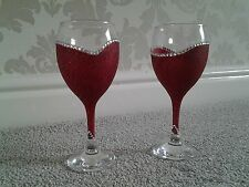 Set of 2  glittered Wine glasses with diamante