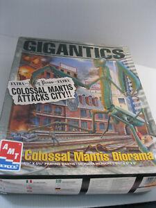 AMT Ertl Gigantics Colossal Mantis Diorama Model Kit  1996,Complete, Sealed Bag
