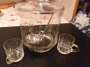 Bleikristall-Bowle m. 12  Gläsern und 1  Kelle, handgeschliffen