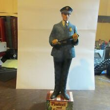 """Jim Shore """"To Protect and Serve"""" Policeman Figure 4007233 (c) 2006"""