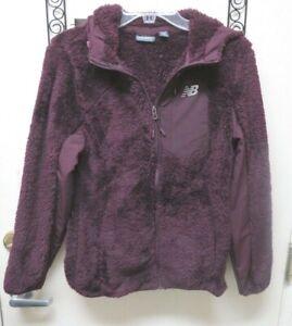 New Balance Women's Burgundy Sherpa Fleece Full Zip Hooded Jacket Size M NWOT