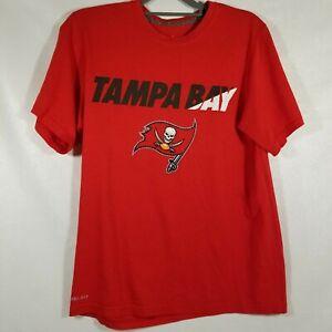 Tampa Bay Buccaneers Red Nike Dri fit short sleeve shirt Mens size medium