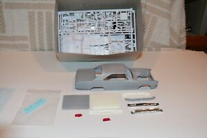 Resin 1/25 1970 Dodge Dart model project