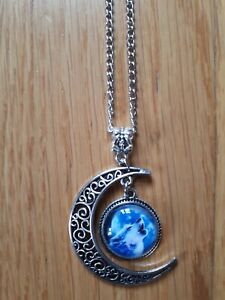 Wolf howling pendant necklace gift wicca filigree moon magic howl head