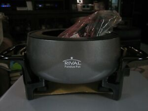 Rival FD300 D Electric Round Charcoal Gray Crockpot & 8 Fondue Forks