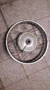 SUZUKI T250  Front wheel, Front rim, Front brake-plate.