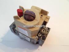 Honeywell Gas Valve VR8200H 2002, EF32CB207, 24V / 60HZ