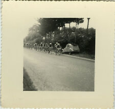 PHOTO ANCIENNE - VINTAGE SNAPSHOT - 2 CV VÉLO CYCLISME COURSE ST POL DE LÉON