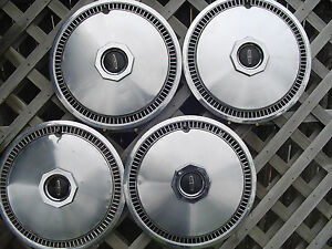72 79 LINCOLN MARK CONTINENTAL TOWN CAR HUBCAPS WHEEL COVERS FOMOCO VINTAGE RIMS