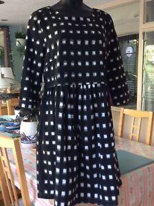 Clary & Peg Black/white Maternity Dress Size M
