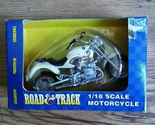 Maisto Int'l Road & Track Bmw R 1200 C 1/18 Scale Motorcycle
