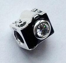 GENUINE PANDORA Silver Sentimental Snapshots Camera Charm 791709CZ FREE DELIVERY