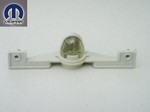 CHRYSLER PT CRUISER DODGE PLYMOUTH NEON 19955-2010 REAR LICENSE PLATE LIGHT LAMP