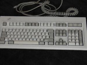 IBM Keyboard Tastatur 1391403 / EC 528557 - mechanische Tastatur - PS/2 - 1992