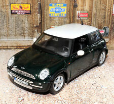 Mini Cooper 1:24 Scale Die-cast Metal Model Toy Car Maisto 3+