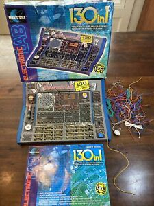 Vintage 1999 Maxitronix Electronic Lab 130 in 1 Science w Instructions! LOOK!