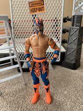 WWE Mattel lucha libre action figure KALISTO