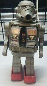 Vintage HORIKAWA STYLE STAR WARS STORMTROOPER ROBOT SUPER ASTRONAUT TIN TOY