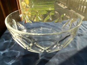 "PYREX Clear Teardrop Ovenware Bowl Serving Dish Thumbprint 9"" Vintage"