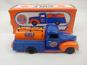 GULF 1940 FORD TANKER TRUCK 1/25 scale 2003