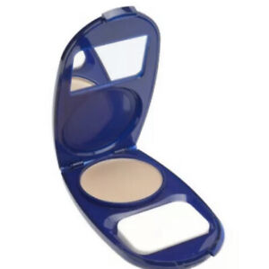 CoverGirl AquaSmooth Foundation Compact Makeup #710 Classic Ivory NEW SPF 20