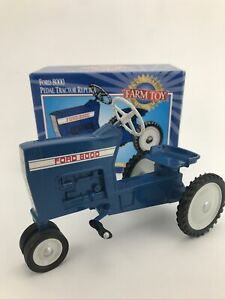 Ford 8000 Pedal Tractor Replica National Farm Toy Museum By Ertl 1:8 Scale
